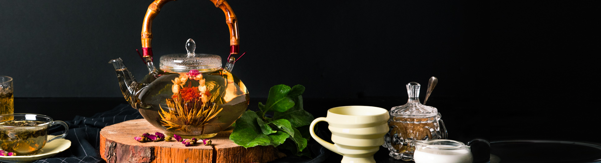 tea_shape_hero_bg